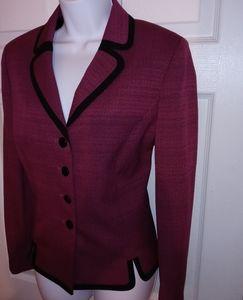 Le Suit women's blazer